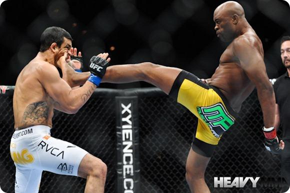 Anderson-Silva-vs-Vitor-Belfort.jpg