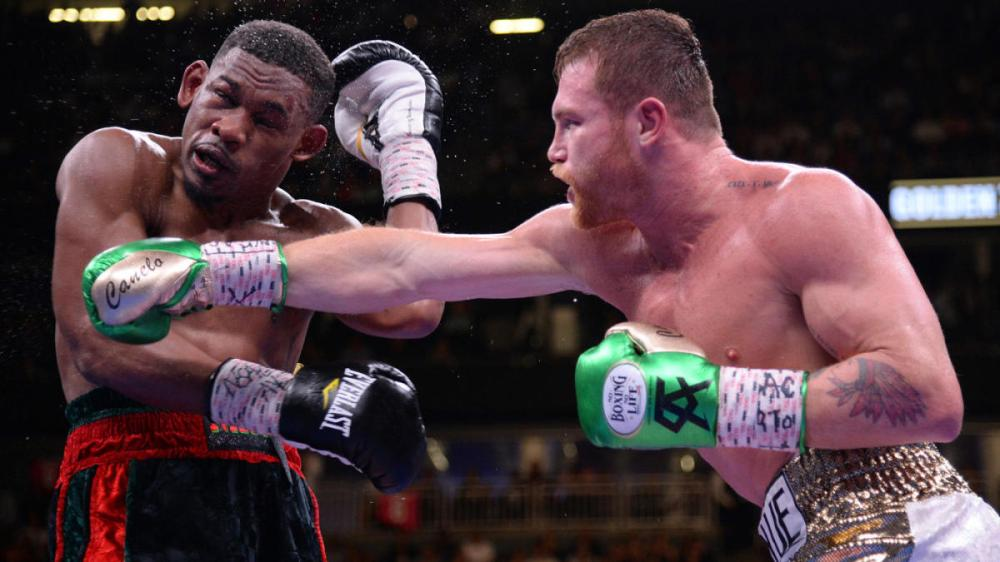 canelo-jacobs-action